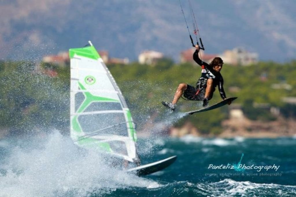 Kitesurf or windsurf , equipment and lessons there are all near