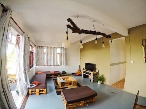 Beach House - Vitamin Sea (Private Room)