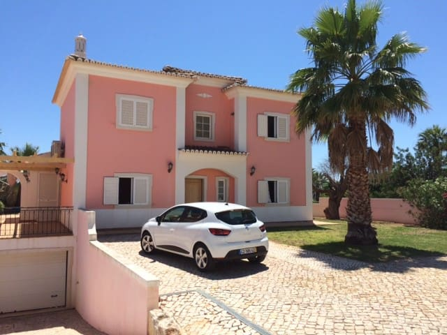 4 bedroom villa with pool nr Vilamoura marina - Quarteira - Villa