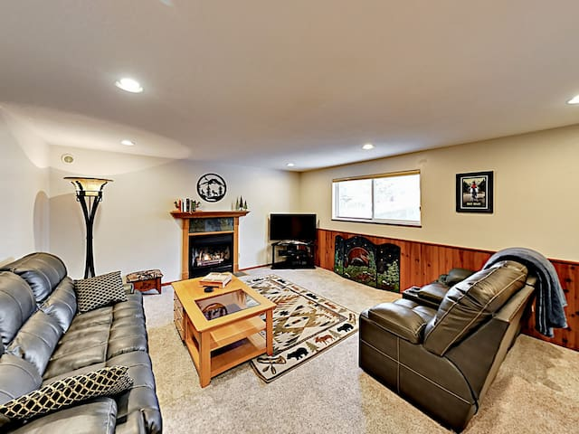 Remodeled 2,300 Square Foot Home w/ Game Room