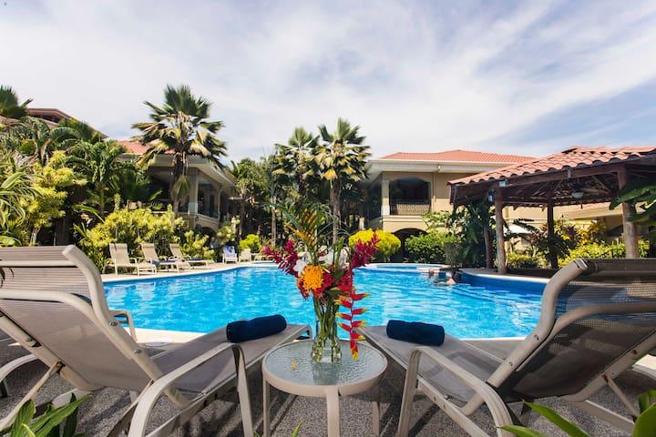 Monte Carlo Luxury Condominiums #11 - Jaco - Condominium