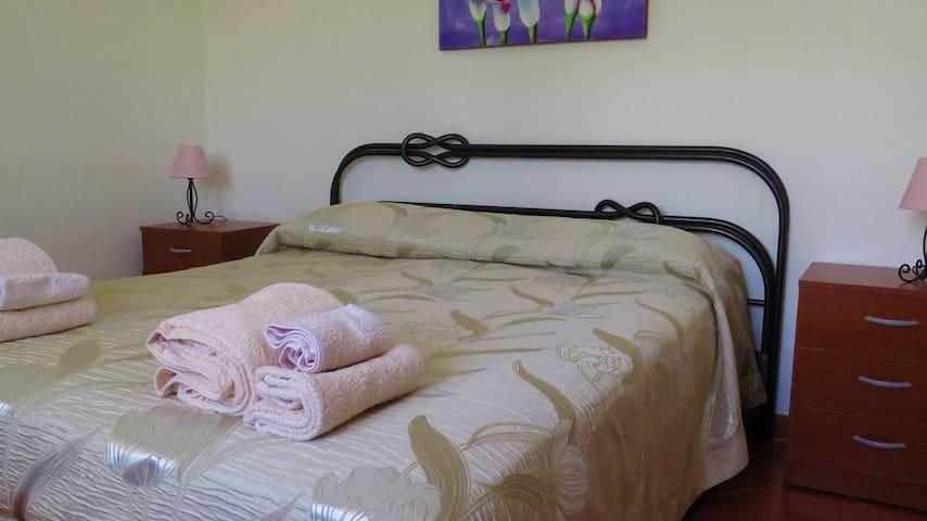 Prima camera da letto matrimoniale