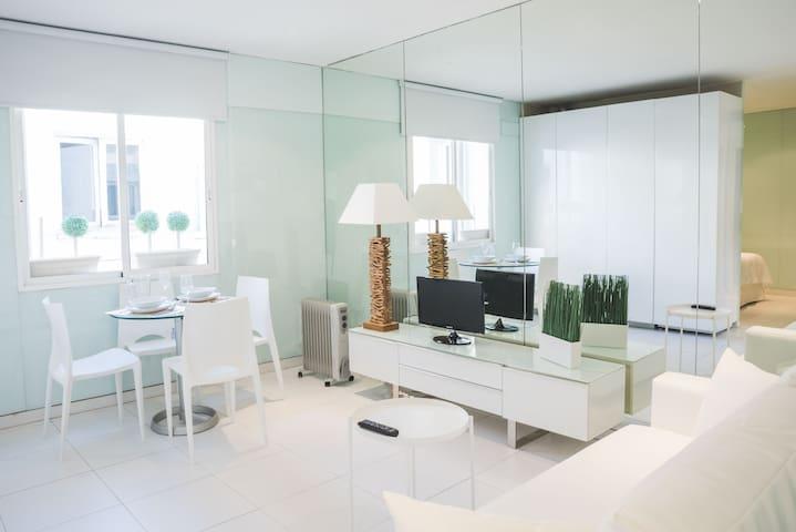 Renovated apartment in the center GRAN VIA SB4