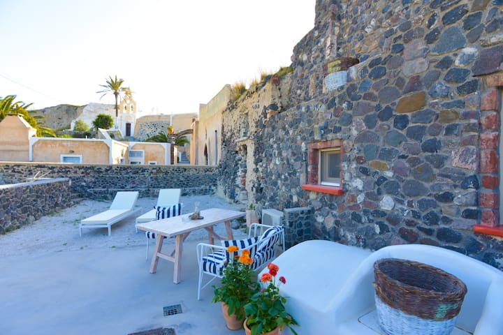 See Santorini Private residence - Mesaria - House