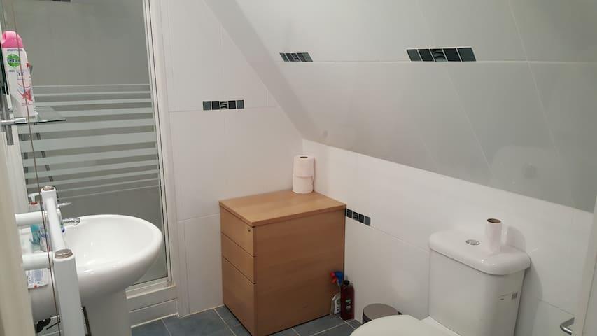 1 Bed Terrace Apartment - Dartford - Wohnung