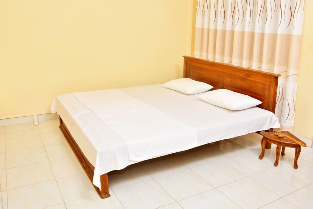 Room -01  Bed