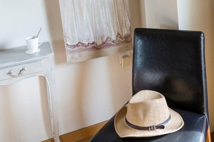 Hotel de l'Horloge,Experience Privilege in Avignon