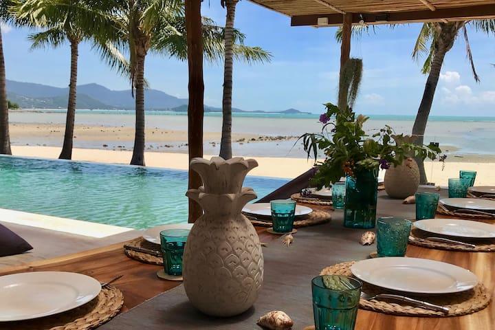 Villa Blue Samui  - A Stunning Beachfront Villa