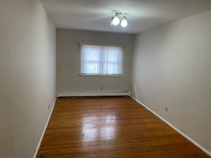 One bedroom, spacious, modern excellent location.