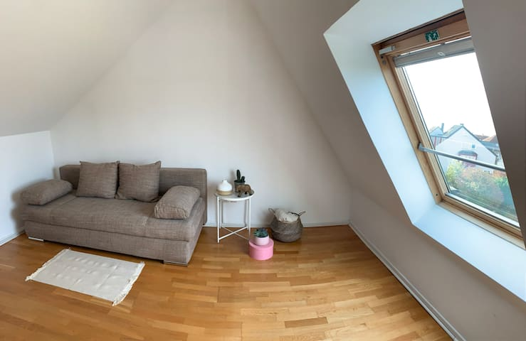 * Cozy room in maisonette apartment *