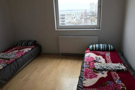 A nice room with 2 bed spaces - Brøndby Strand - Flat
