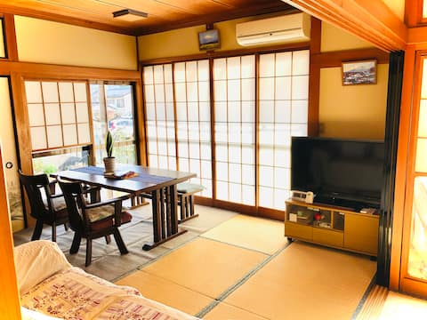 Japanese Entire House by Mt Takao and Lake Sagami