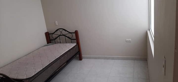 Habitación privada cómoda en departamento