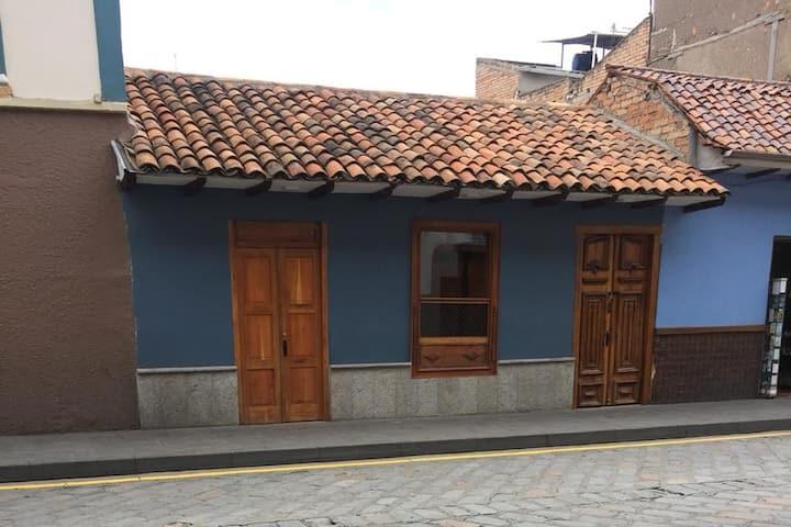 Acogedora Suite en el Centro Histórico de Cuenca