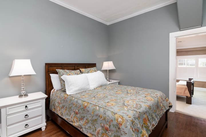 Bedroom with comfortable Queen size bed and flat screen TV with DirecTV