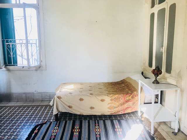 Room in traditional house in Hamra