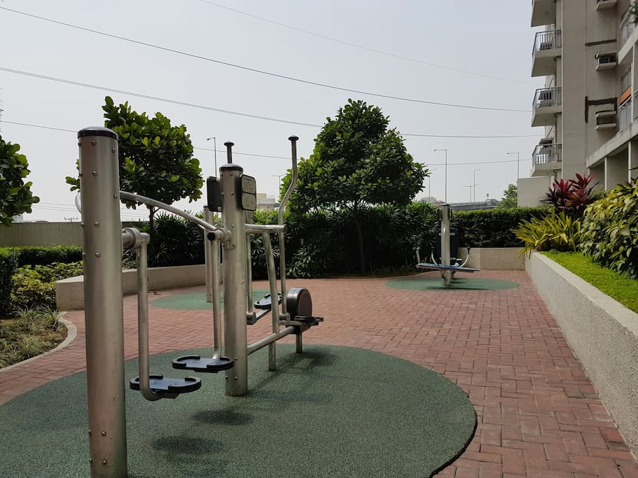 Access to outdoor gym and playground