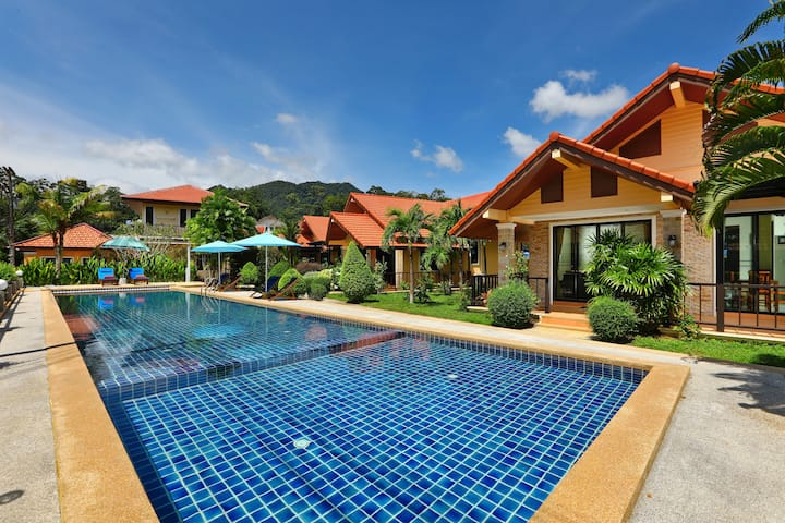 Villa with Pool and Tropical Garden Kamala Beach