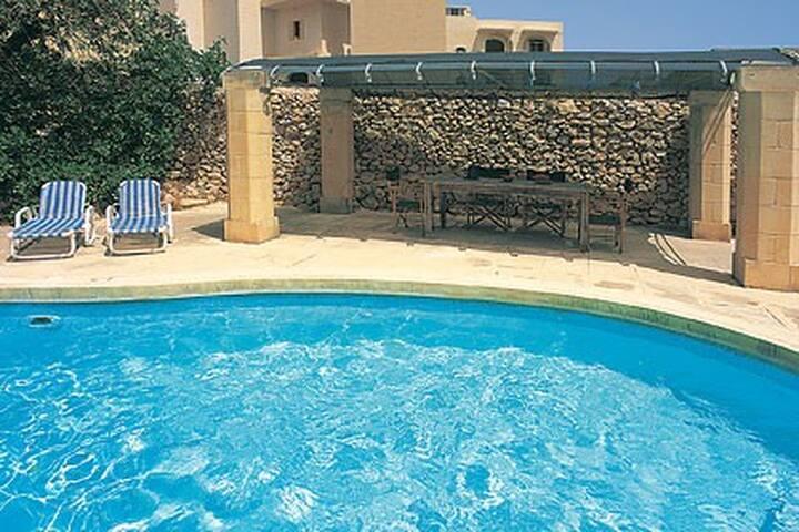 Villa Ta Rosi - Ix-Xagħra - House