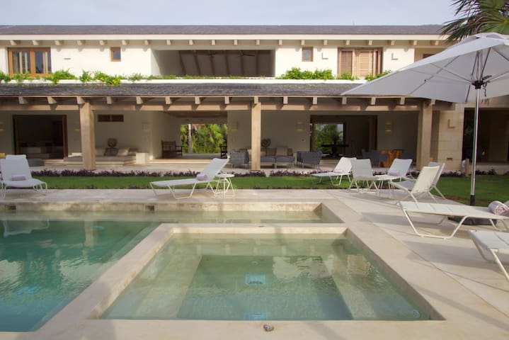 Casa Ixchel - Full Board Villa (up to 4 guests)