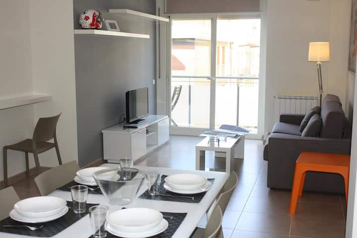 41-ALGUERA APARTMENTS - Long Stay for 6 people