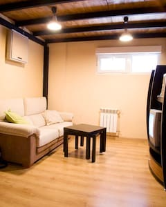 Nice duplex · during July whole apartment just 36€ - Мадрид