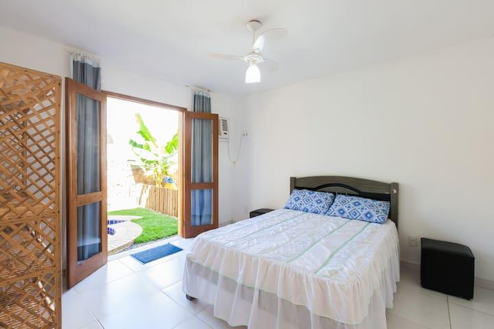 Apartamento 1/4 Praia de Jaua - Condomínio Fechado - Camaçari - Apartment