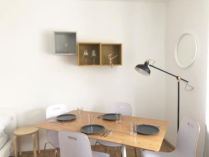 Desinfiziert: Studio im beliebten Kaiserviertel