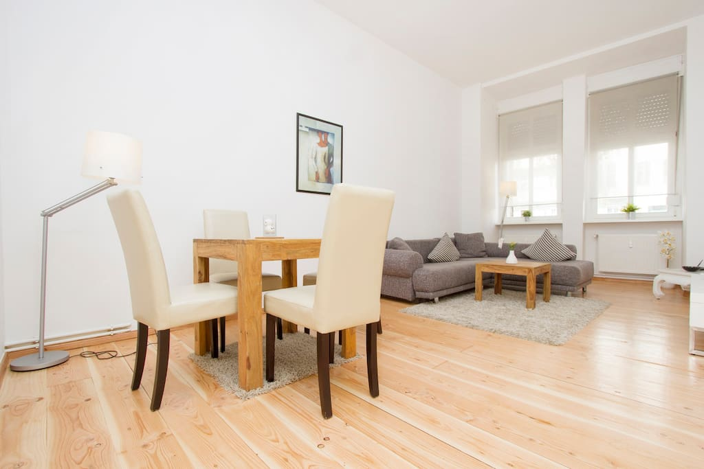 city apartment prenzlauer berg 3 wohnungen zur miete in berlin deutschland. Black Bedroom Furniture Sets. Home Design Ideas