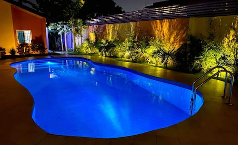 Lisa Garden Accra with Pool, Gym