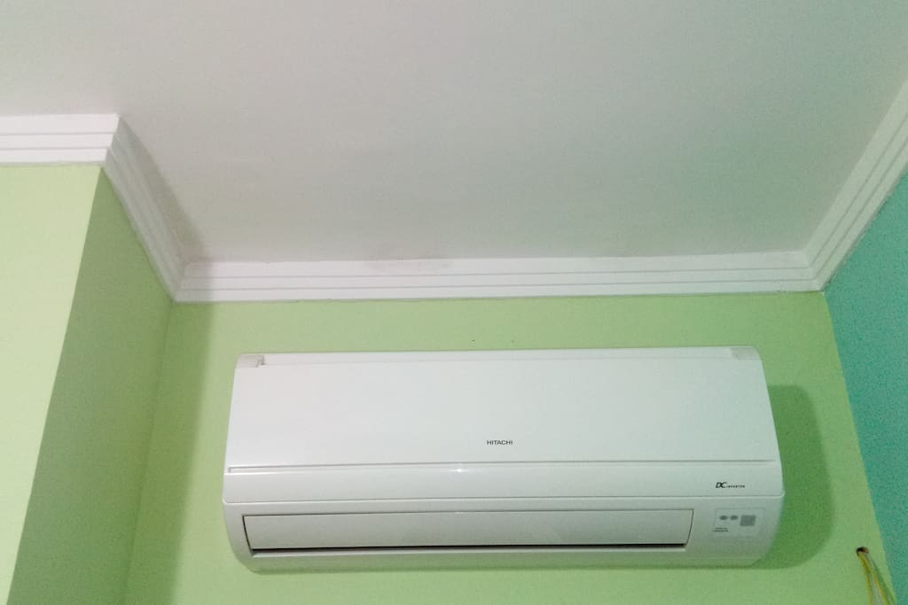 Ar condicionado para o quarto.