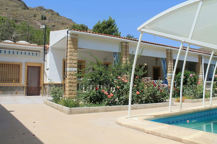 Villa Rio Chico.