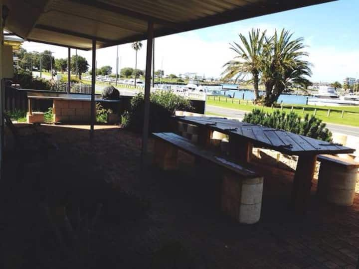 Mandurah Beach Shack