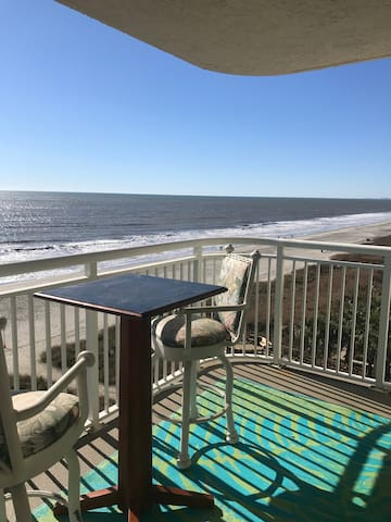 Beachfront Condo with best views on the beach!