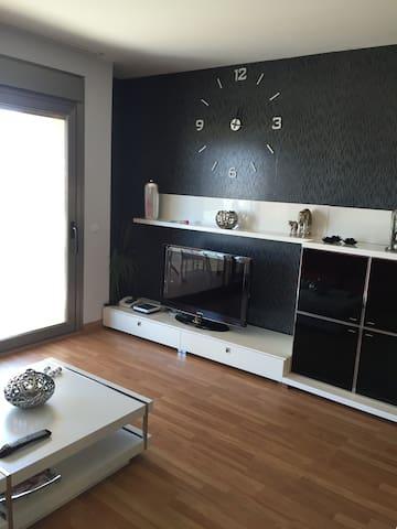 Apartamento alto estanding en pleno centro de mao - Mahon - Lejlighed