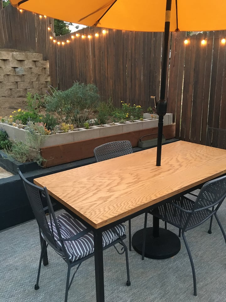 Boyle Heights Hipster Pad close to DTLA