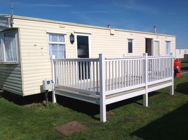 Caravan hire at Ty Gwyn Towyn/Abergele North Wales