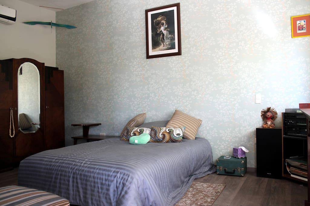 Habitación/Bedroom.