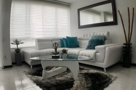 Completo y Moderno  apartamento en Valle del Lili