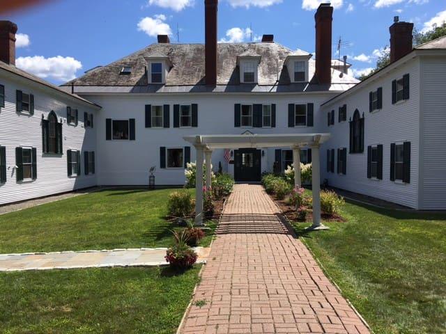 Windsor Mansion Inn