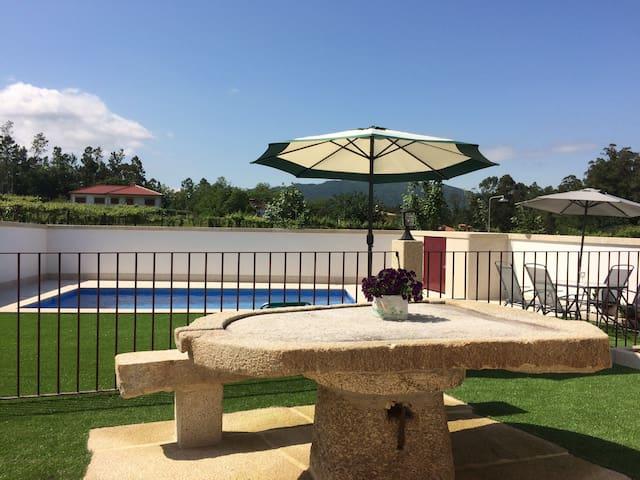 Casa do Arco, Apartamento térreo com piscina!