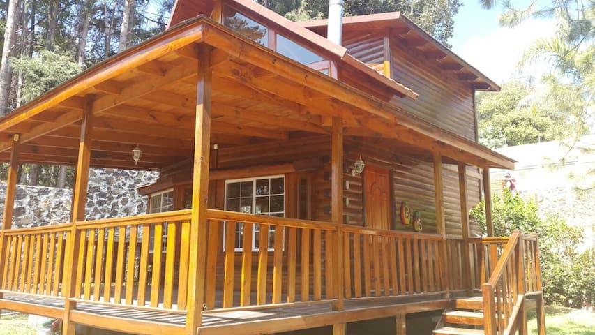 Hermosa y cómoda Cabaña en la montaña, Morelos