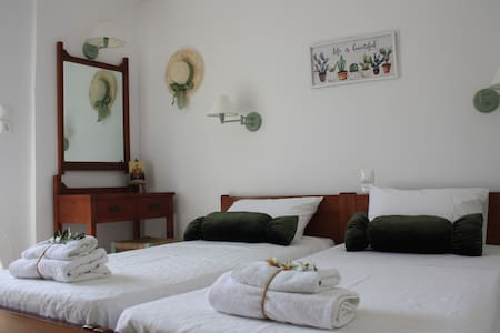Olive apartment in Adelianos Kampos, Rethymno