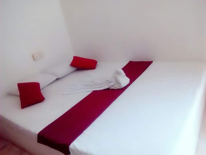 "SUREWO ""SILVER BED ROOM"""