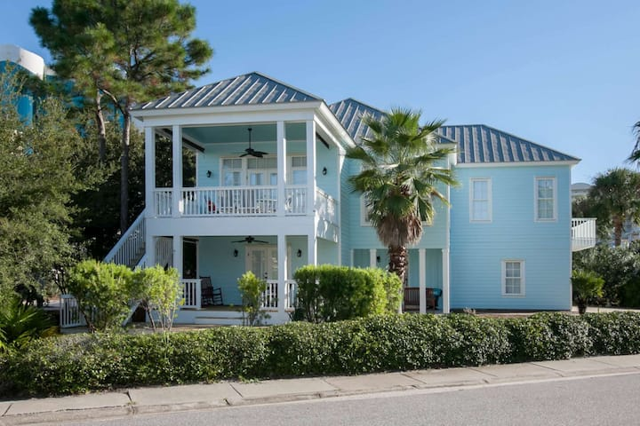 2-Story Home Water Views | Outdoor pool, Tennis, BBQ, Wifi | Free golf, dolphin cruise, fishing, OWA