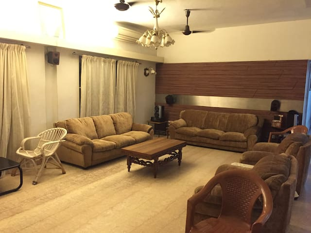 Cozy room in a big house - Chennai