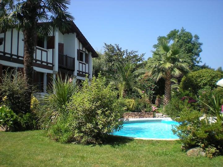 Urrugne ⎜House w/ pool 4 bedrooms · Between Saint-Jean de Luz and Hendaye