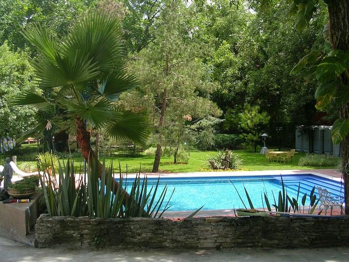 Casa Mil Calandrias en Santiago Nuevo León