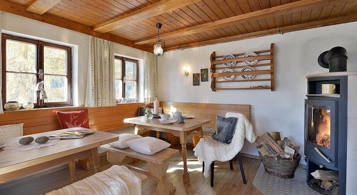Lenzelerhof - cozy farmhouse high up on a mountain