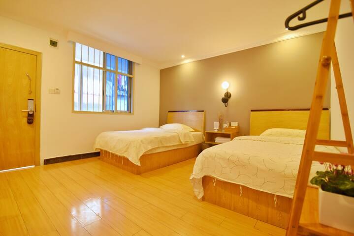 City Center/ Comfort Twin Beds  Room